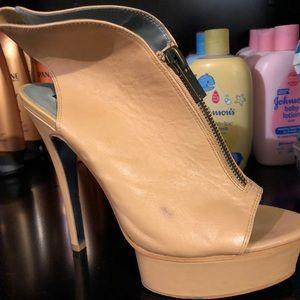 H by Halston Nude Leather Zipper Platform Heels